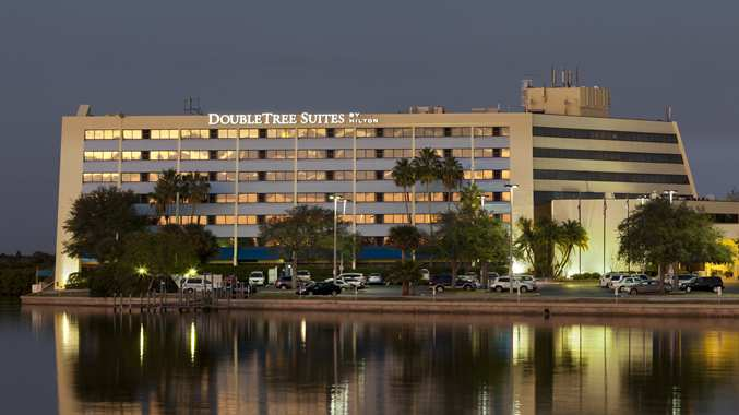 Tampa Airport West Rocky Point Hotel